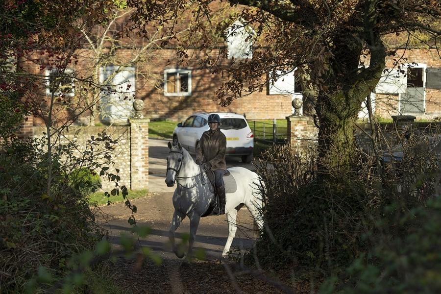 Enjoy tranquil countryside hacks